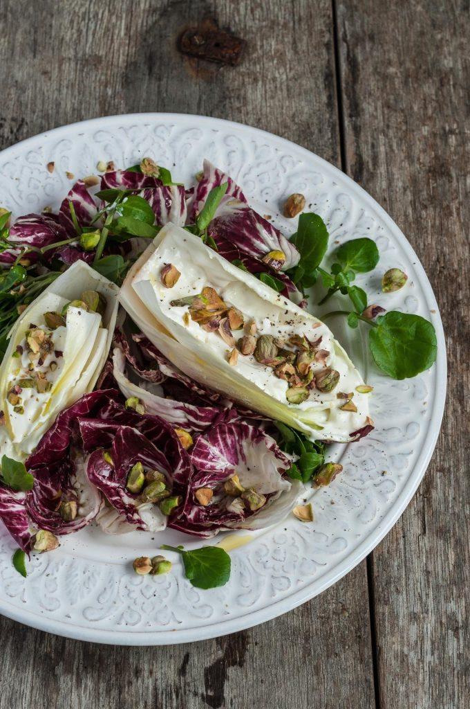 Salada de Endívias e Pistáchio