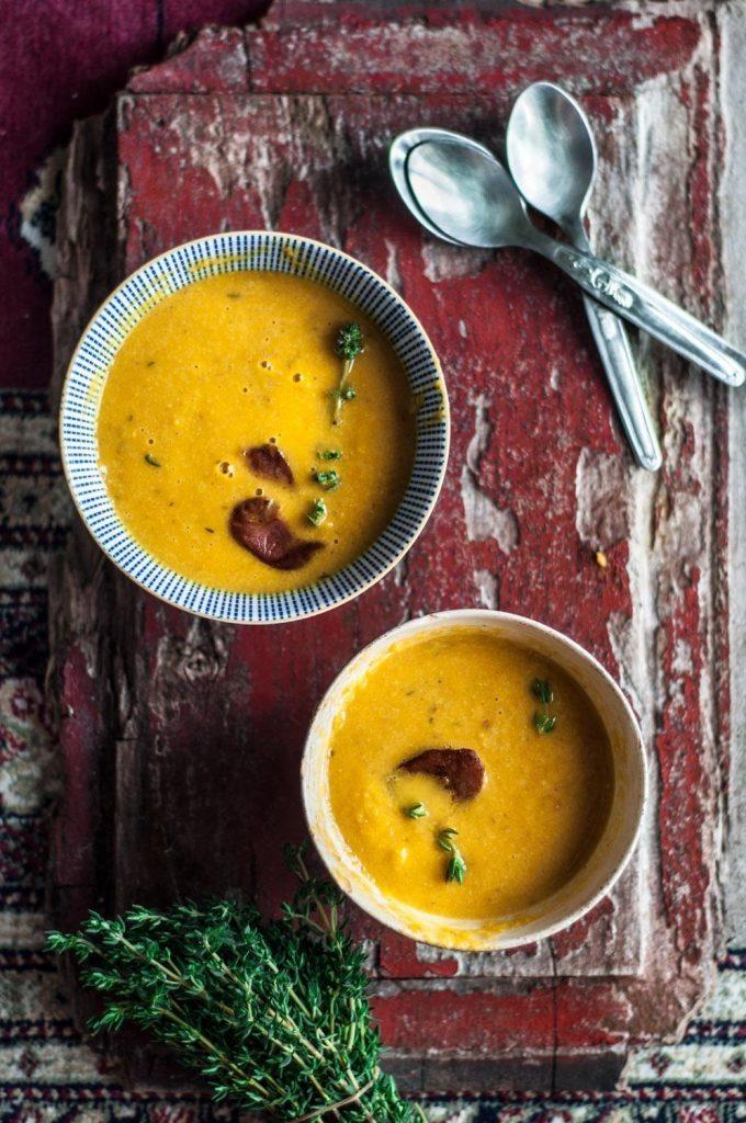 Sopa de Cenoura e Grão-de-Bico Tostados