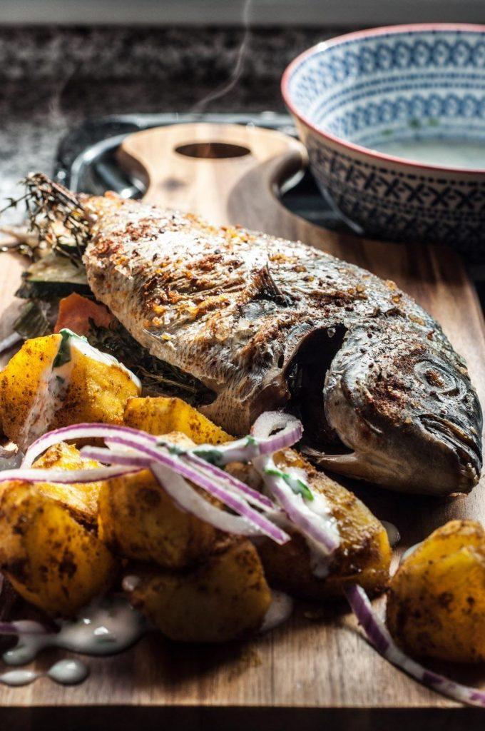Sargo Recheado com Legumes e Tandoori de Batata