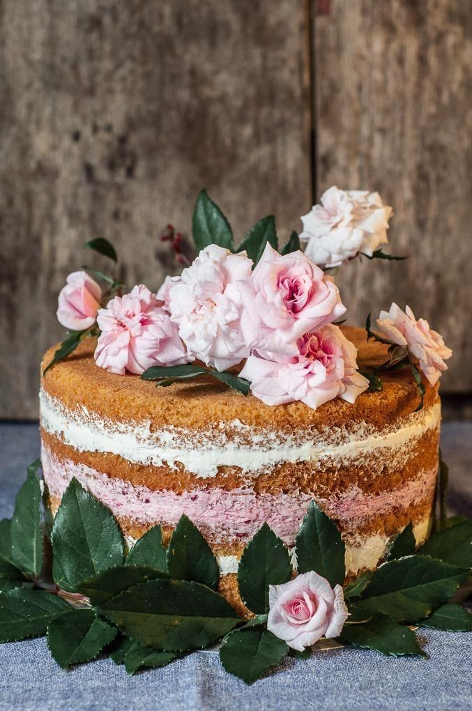 Bolo de Aniversário -Bolo Esponja de Manteiga com Recheio de Mascarpone com Framboesa